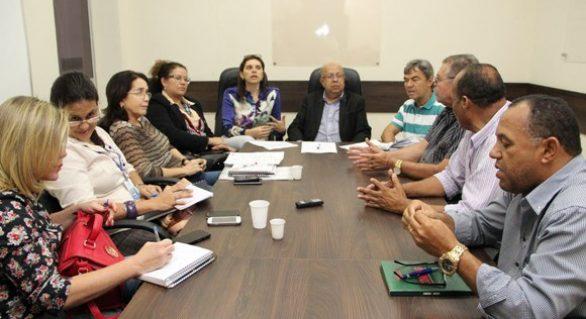Comissão  discute programa Amigo Trabalhador em Alagoas