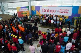 Movimentos sociais apoiam Dilma e pedem que não haja retrocessos