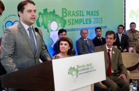 Governador formaliza apoio à micro e pequenas empresas