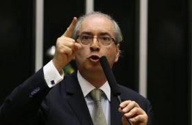 Oposição pede afastamento de Cunha da presidência da Câmara