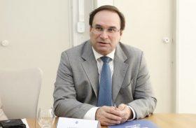 Luciano Barbosa assume Governo do Estado por dez dias