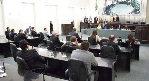 Parlamento viabiliza ação de governo e aprova 13 matérias de origem do Executivo