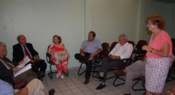SindHospital pede audiência ao governador Renan Filho
