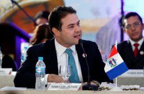 Renan Filho busca alinhar investimentos para a saúde de Alagoas