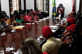 Renan Filho garante apoio aos movimentos sociais da reforma agrária