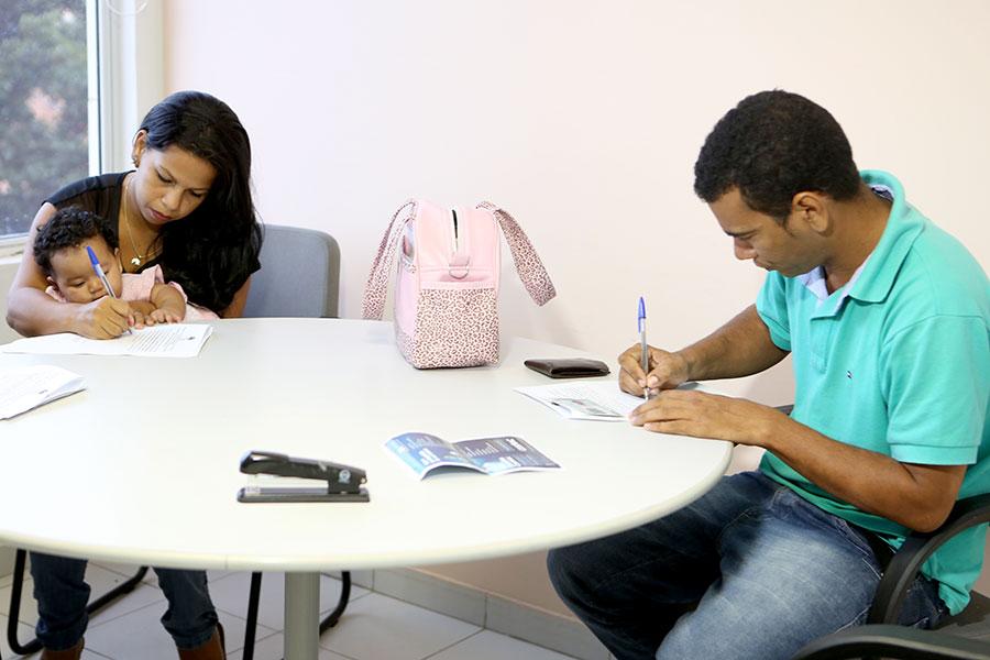 Tatiane Macena e Josiel Lima dos Santos fizeram acordo amigável sobre a pensão. Foto: Caio Loureiro.