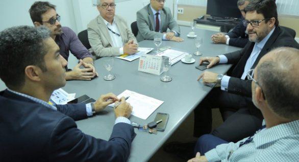 Regulamentação dos serviços de gás natural é discutida em Alagoas