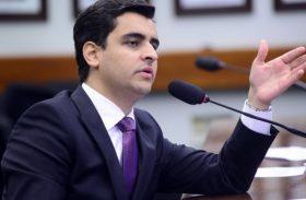 """Aliança entre JHC e Régis em Maceió pode ser discutida """"mais à frente"""""""