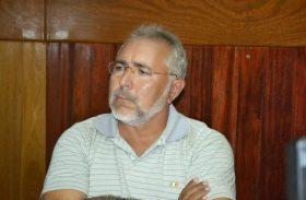"""Prefeito """"manipula"""" dados para justificar atraso de salários em Delmiro Gouveia"""