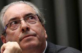 Receita multa Cunha em R$ 100 mil por gastos superiores a rendimentos
