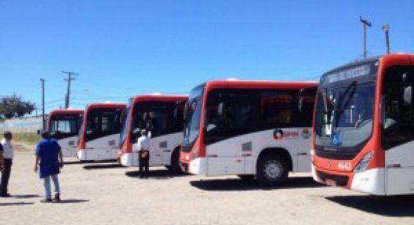 Cinco novos ônibus reforçam linha no Benedito Bentes