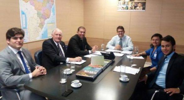 Obras de infraestrutura para Alagoas são debatidas em reuniões em Brasília
