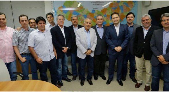 Renan Filho discute incentivo para pecuária em encontro com líderes do setor em AL