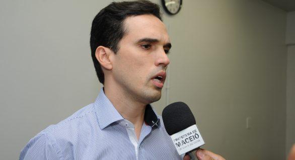 """Rui Palmeira define mais dois secretários e """"fecha"""" 1º escalão"""