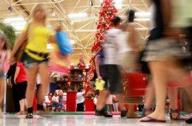 Em Maceió, 72% dos consumidores irão presentear no Natal  Partilhar