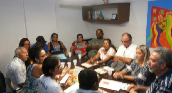 Em encontro com Paulão, Fórum denuncia desmonte de programas socais