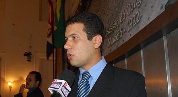 AMA fará reunião em Maceió com Renan e dois ministros , avisa Hugo Wanderley