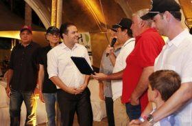 Governador recebe homenagem de setor agropecuário por apoiar vaquejada