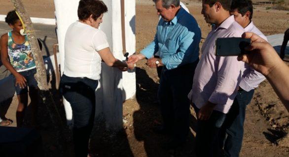Convivência com a seca: agricultores são contemplados com 30 cisternas no Sertão