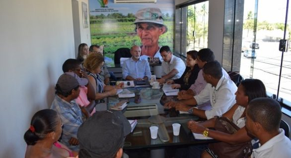Iteral dialoga com movimentos agrários e sem teto