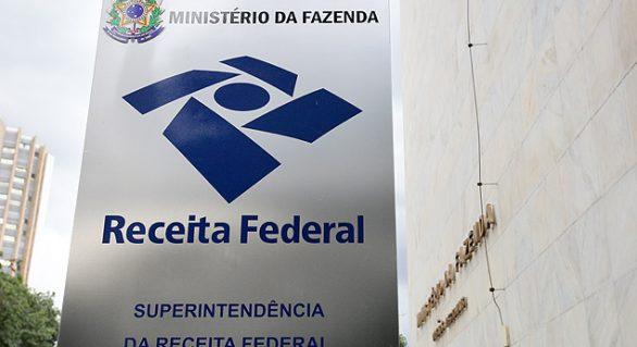 Receita vai fiscalizar 14,3 mil contribuintes e espera recuperar R$ 143 bilhões