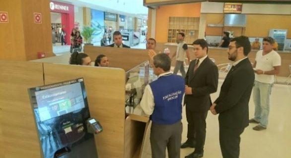 Procon começa a fiscalizar cumprimento de lei em estacionamentos privados de Maceió