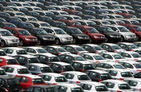 Vendas de carros e comerciais leves crescem 38,86% em março, diz Fenabrave