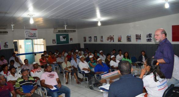 Iteral sedia seminário sobre cooperação agrícola e agricultura familiar