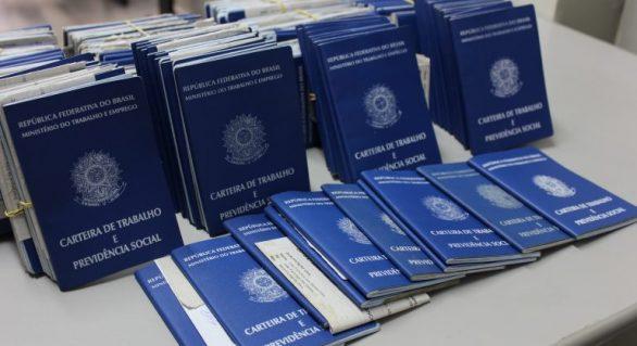 Sine convoca trabalhador a buscar carteiras solicitadas de 2014 a 2016