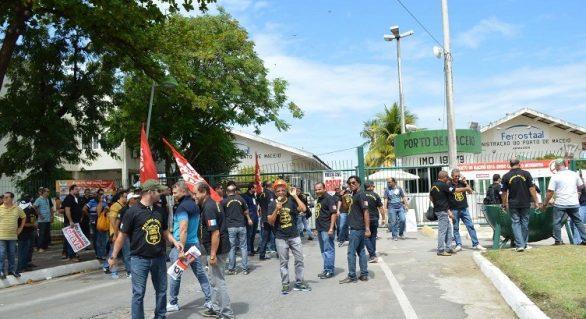 STF proibe direito de greve de todas  as polícias