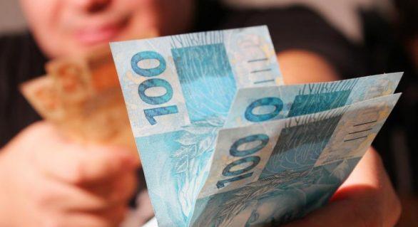 Governo do Estado antecipa pagamento de salários dos servidores públicos