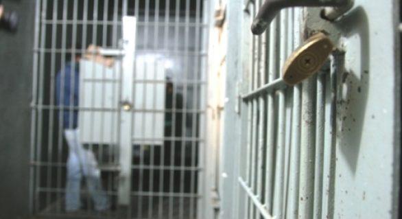 Acordo mediado pelo TJ limitará número de presos em delegacias de Maceió