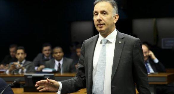 Líder do governo diz que greve geral não atrapalha reformas no Congresso