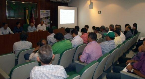 Produtores conhecem projeto de incentivo à bovinocultura
