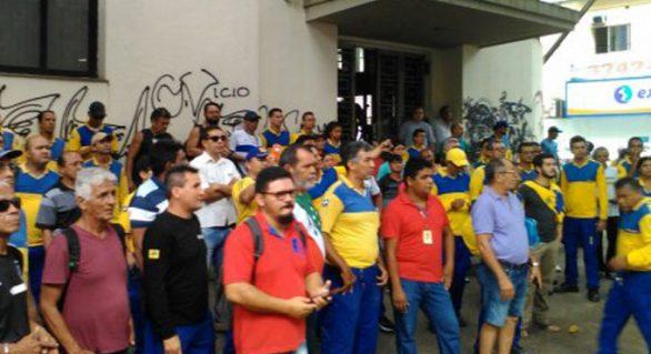Maioria dos sindicatos de trabalhadores dos Correios mantém greve