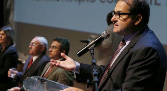 Para garantir empregos, governo de AL recorre a empréstimo de R$ 600 milhões