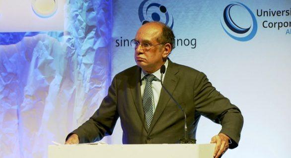 'Não cabe ao TSE resolver crise política', diz Gilmar Mendes