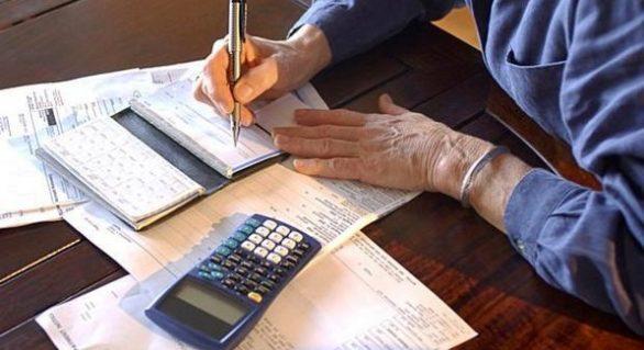 Número de inadimplentes cresce no país em abril
