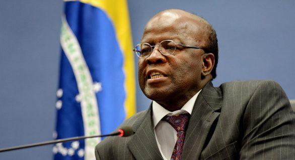 Joaquim Barbosa pede povo na rua para derrubar Temer