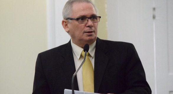 Ministro do TSE mantém decisão e João Luiz perde cargo de deputado estadual