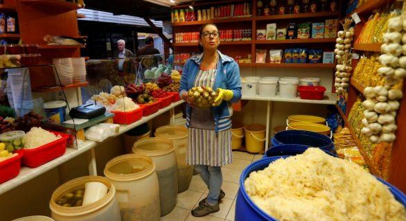 Preços globais de alimentos sobem em maio após 3 meses de queda, diz FAO