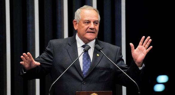 Reforma política deve acabar com coligações, avisa Carimbão