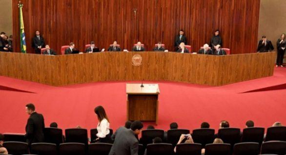 TSE rejeita pedido para impedir ministro Admar de julgar chapa Dilma-Temer