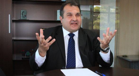 """O caixa do estado apertou: """"governador foi benevolente ao dar reajuste ao servidor"""", diz Santoro"""