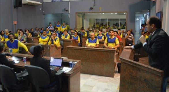 Funcionários dos Correios lançam apelo contra privatização da empresa