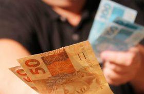 Liberado por lei, desconto nas compras em dinheiro não é obrigatório, diz Fazenda