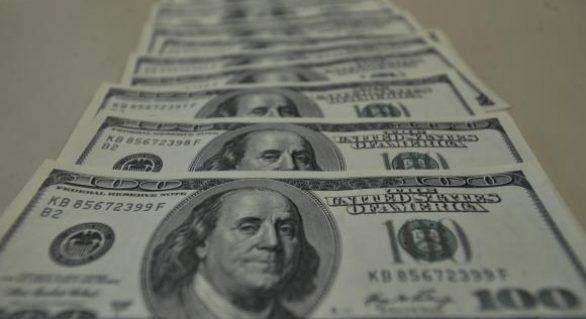Gastos de brasileiros no exterior sobem 34% e atingem US$ 1,496 bilhão em maio