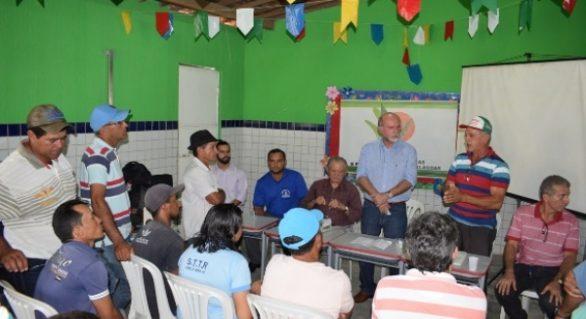 Agricutura Familiar: Iteral dialoga com assentados do município de Igreja Nova