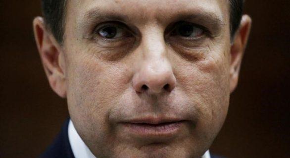 Doria faz pressão pela saída de Aécio da presidência do PSDB