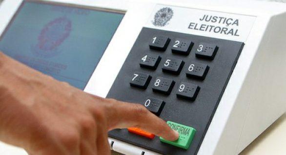 Pesquisa revela quem ganha para governador, senador e deputado federal na 3a maior cidade de AL